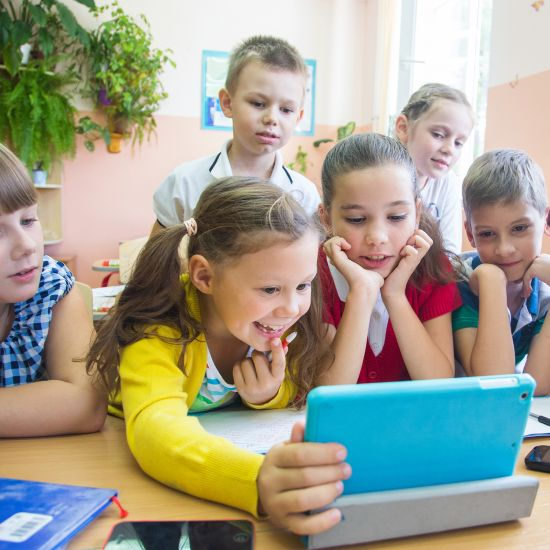 Kids Worklaptoptogethrshtk787Web